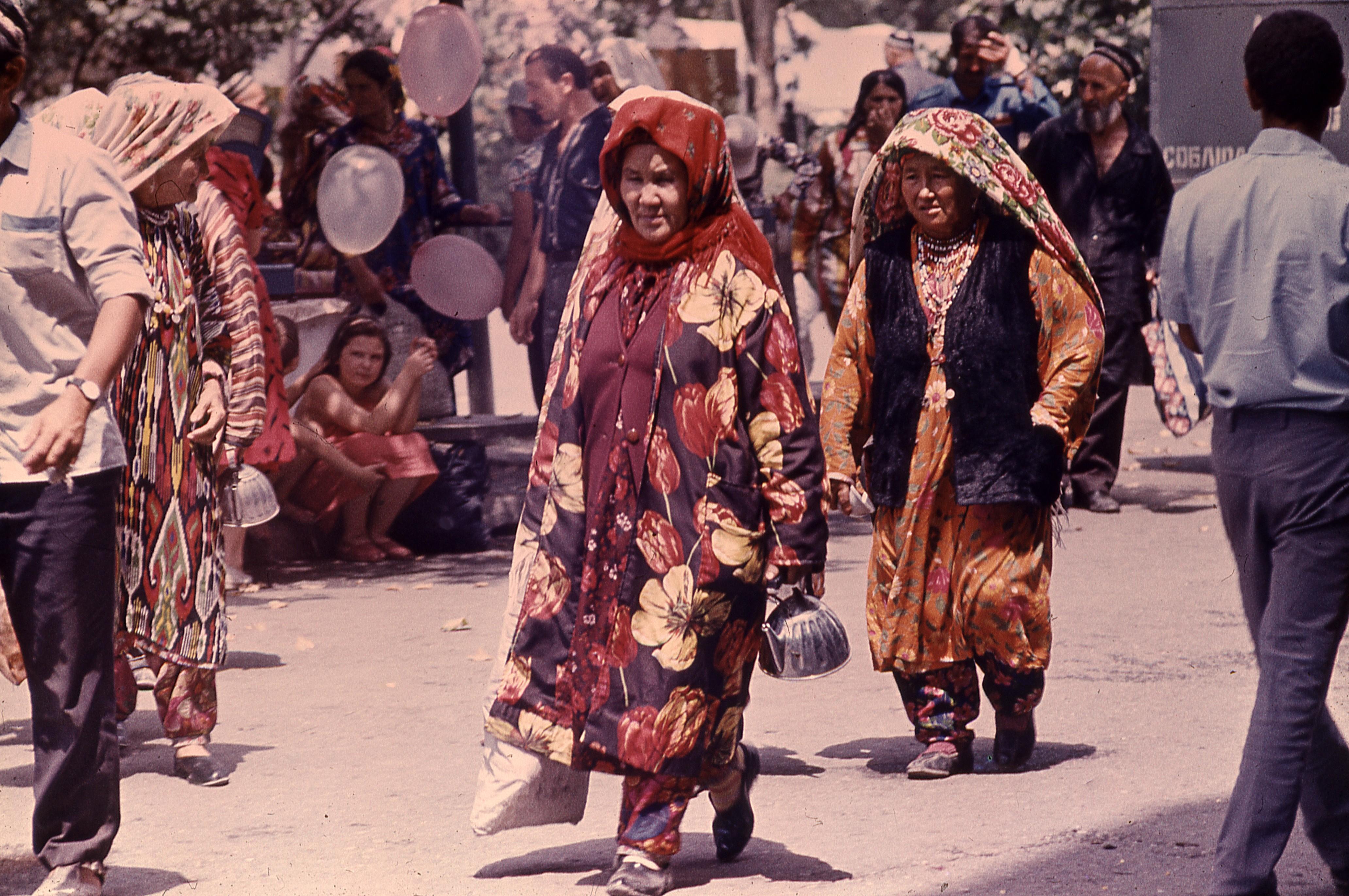 Александр Акилов. Фотография из серии Душанбе-Таджикистан. 1970-1980 (3).jpg